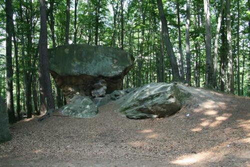 kamienie-brodinskiego-3-jpg