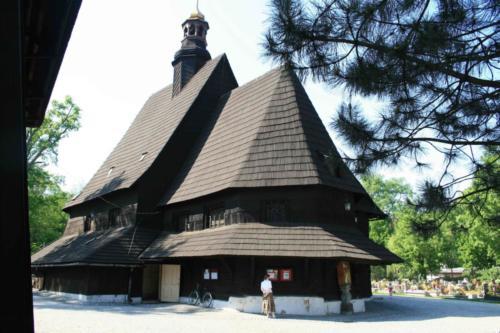 drewniany-kosciol-w-poniszowicach