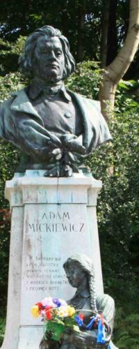 krynica-pomnik-mickiewicza