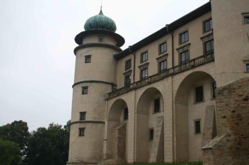 zamek-wisnicz-8-jpg