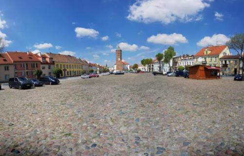 pultusk-rynek-widok-od-strony-zamku