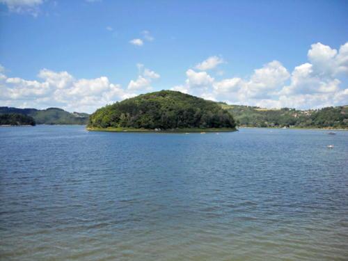 jezioro-roznowskie-3-jpg