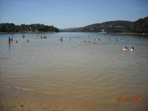 jezioro-roznowskie-jpg