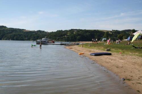jezioro-roznowskie-4-jpg