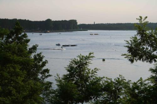 jezioro-necko
