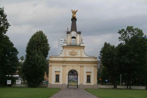 palac-branickich-9-jpg
